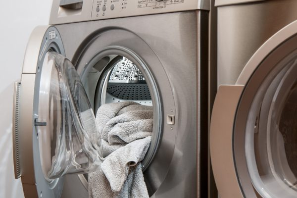 【オキシ漬けで洗濯槽も掃除OK】オキシクリーンの使い方をマスターして家事ラク!